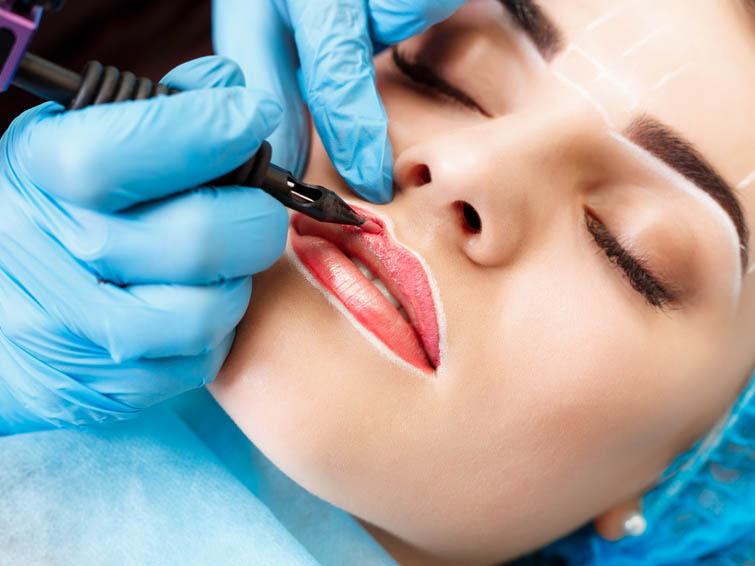 Permanent Make_up Hairstroke_Technik Mikroblading_Onkologische Brustpigmentierung Brustwarzen